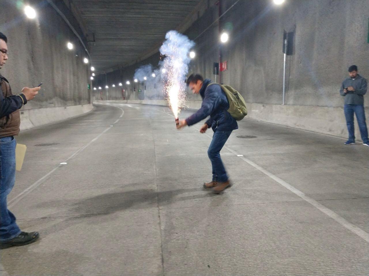 Colocación cápsula de humo.jpg