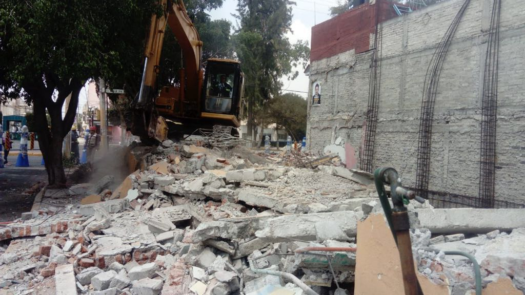 Calle 323 Proceso de demolición 2.jpg