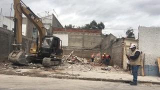 Concluye la demolición de inmueble en riesgo en Gustavo A. Madero