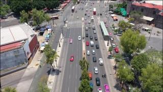 Avenida Hidalgo opera a partir del lunes 4 de noviembre en un solo sentido; se confina el lado norte de la vialidad por obras